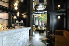A Storied Restaurant in Paris Gets a Mod Makeover : Architectural Digest Interior Design Blogs, Restaurant Interior Design, Cafe Interior, Interior Ideas, Restaurants In Paris, French Restaurants, Architectural Digest, Joseph Dirand, French Bistro