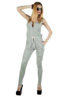 Salopeta Dama Sport Style  Salopeta dama casual-sport, ce poate fi purtata cu usurinta in sezonul cald. Material lejer, usor elastic, ce se potriveste mai multor tipuri de silueta. Design indraznet ce va va scoate cu sigutanta din anonimat. Se inchide cu nasturi si siret reglabil in talie.  Detaliu - imprimeu cool pe spate.     Lungime totala: 140cm  Lungime pantalon din talie: 95cm  Lungime umar-talie: 49cm  Latime talie: 40cm  Compozitie: 95%Bumbac, 5%Elasten Jumpsuit, Dresses, Style, Fashion, Overalls, Vestidos, Swag, Moda, Fashion Styles
