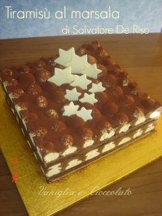 vaniglia e cioccolato: Tiramisù al marsala con cioccolato al profumo di limone di Salvatore de Riso