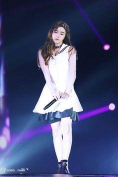 Jinny , Jinanie, Jay, Jinhwan, Pretty and sweet girl. Kim Jinhwan, Chanwoo Ikon, K Pop, Ikon Songs, Ex Girl, Ikon Member, Ikon Kpop, Ikon Wallpaper, Photos