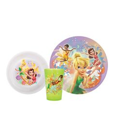Boasting bright colors and fanciful fairy images, this darling dishware set is perfect for pixie-lovers everywhere! Including a plate, bowl and tumbler, meal time is more fun with this kid-friendly set.