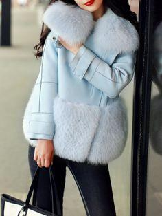 Fuzzy Coat, Fox Fur Coat, Faux Fur Collar Coat, Stylish Outfits, Fashion Outfits, Chica Cool, Iranian Women Fashion, Crochet Coat, Latest Street Fashion