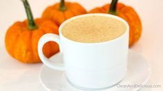 Clean Eating Pumpkin Spice Latte http://cleananddelicious.com/2014/09/16/pumpkin-spice-latte/