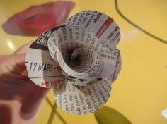 accessoires-de-maison-bouquet-roses-en-papier-journal-4456293-dsc00394-f3b50_570x0.jpg 570×427 pixels