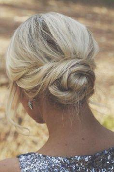 blond + low bun