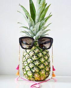 modacomglamour Não você não leu errado  as cordinhas de óculos são a mania  da 24ea137eaa