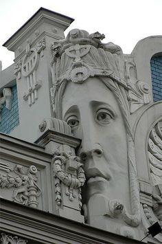 Architecture Unique, Architecture Art Nouveau, Building Architecture, Jugendstil Design, Art Deco Buildings, Photos Voyages, Art Deco Design, Architectural Elements, Sculpture Art
