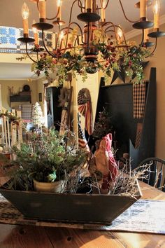 Primitive dining room at Christmas <3