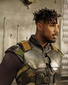 Erik Killmonger (Micheal B.) arrived in Wakanda, Black Panther 2018 Michael Bakari Jordan, Black Panther Costume, Black Panther 2018, Erik Killmonger, Iron Man, Handsome Black Men, Actrices Hollywood, Black Is Beautiful, Black Girl Magic