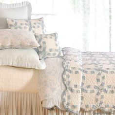 Blueberry Wedding Ring Quilt (1) From: Country Porch, please visit