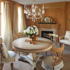 In The Magazine | Traditional Home