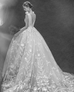 Zuhair Murad Luxury Wedding Dress, Wedding Dresses, Zuhair Murad, Couture Collection, Giorgio Armani, Fairy Tales, Ball Gowns, 18th, Formal Dresses