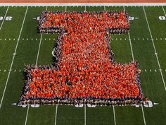 You can never have enough Illini spirit in one place. #Illini