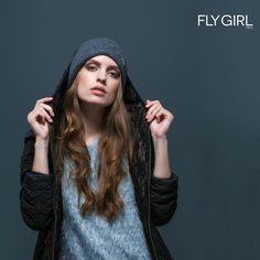 La pioggia è solo un accessorio... L'importante è avere un outfit a prova di tempesta! Con #flygirl sei sempre coperta.  #newcollection #fall2015 #fw #rain #moda #fashion #outfit #woman #madeinitaly