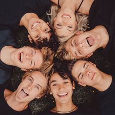 I'm the blond girl and the guys are my over protective best guy friends. Team 10 Squad, Boy Squad, Jake Paul Team 10, Logan And Jake, Logan Paul, Squad Pictures, Bff Pictures, Friend Group Pictures, Squad Photos