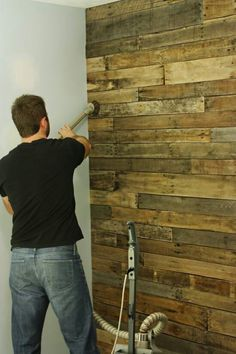 Use old pallets for the back wall?
