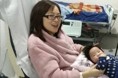 Madre agoniza 3 meses después de dar a luz. Ahora mira qué pasa cuando ponen al bebé en su cama