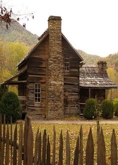 old country log cabin fence