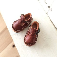 Real Leather:1/6 Blythe shoes/brown/ by Amabiledoll on Etsy
