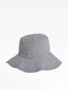 chapeau monia réversible en coton   agnès b. Bucket Hat, Cap, Respect, Beach, Outfits, Sombreros, Caps Hats, Hat, Cotton