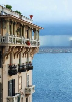Naples: the Posillipo neighborhood