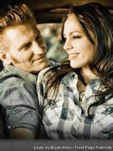 Husband and wife Joey and Rory Feek (who perform as Joey+Rory) made ...