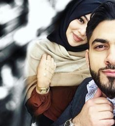 45 Cute Selfie Poses For Couples In 2019 - Buzz Hippy Romantic Couple Poses, Cute Couple Poses, Cute Love Couple, Couple Posing, Beautiful Couple, Posing Couples, Romantic Moments, Cute Muslim Couples, Cute Couples Goals