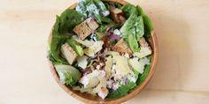 I Quit Sugar: Chicken Caesar Salad recipe Sugar Free Eating, Sugar Free Vegan, Sugar Free Recipes, Chicken Caesar Wrap, Chicken Caesar Salad, Clean Eating Salads, Healthy Eating, Whole Food Recipes, Healthy Recipes