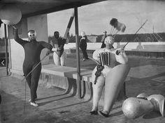 Pantomime Treppenwitz, produced by Oskar Schlemmer, 1927