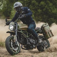 I absolutely appreciate specifically what these guys did with this especially designed Motorcycle Headlight, Motorcycle Types, Motorcycle Helmets, Motorcycle Luggage, Ducati Scrambler, Scrambler Motorcycle, Custom Motorcycles, Custom Bikes, Motorcycle Saddlebags