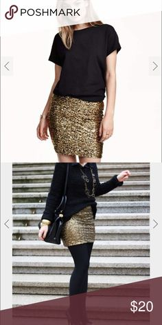 H&M Gold Sequin Mini Skirt - L NWOT Never worn, perfect condition. Gold sequin skirt. Perfect for a party or night out! Stretch material. Fits like a M but does stretch. Gorgeous & gold ! H&M Skirts Mini