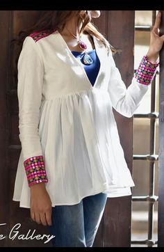 Bedouin touch Dress Neck Designs, Stylish Dress Designs, Kurti Neck Designs, Blouse Designs, Navratri Dress, Simple Kurti Designs, Stylish Dresses For Girls, Kurti Designs Party Wear, Pakistani Dress Design