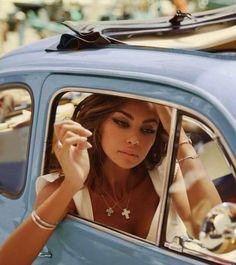 Fiat500nelmondo (@fiat500nelmondo) • Foto e video di Instagram Fiat 500, Italian Women, Motor Company, Classic Elegance, Ocean Beach, Life Inspiration, Life Is Beautiful, Dream Life, Gentleman