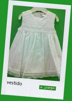 Vestido blanco con puntillas