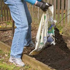 How to Prepare Your Garden for Spring Planting - Organic Gardening - MOTHER EARTH NEWS