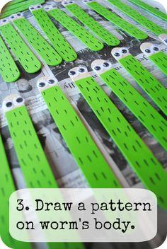 Glitter Brain: DIY: Popsicle Stick Bookworm Bookmark Springtime Craft