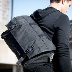 [ DISCARDED: too big and expensive ] - MissionWorkshop - Monty Messenger Bag