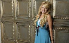 Ashley Tisdale Sexy Wallpaper Windows 8 Theme