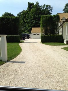 entrance, gravel drive and hedges.the entrance, gravel drive and hedges. Pebble Driveway, Stone Driveway, Driveway Design, Gravel Driveway, Driveway Entrance, Front Walkway, Driveway Landscaping, Entrance Gates, The Ranch