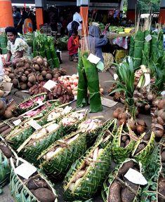 Alessandra Zecchini: The Market in Port Vila, Vanuatu