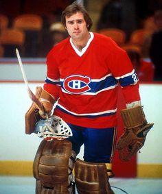 Ken Dryden - Montreal Canadiens Montreal Canadiens, Mtl Canadiens, Usa Hockey, Hockey Goalie, Hockey Teams, Ken Dryden, Hockey Shot, Hockey Season, Goalie Mask