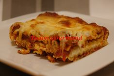 Lasagna, Pizza, Ethnic Recipes, Food, Kitchen Linens Sets, Onions, Pasta, Meal, Essen