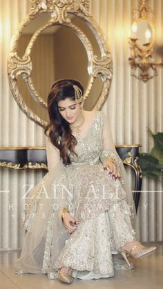 Asian Bridal Wear, Pakistani Bridal Makeup, Bridal Mehndi Dresses, Asian Wedding Dress, Pakistani Wedding Outfits, Bridal Dress Design, Pakistani Wedding Dresses, Bridal Outfits, Bridal Lehenga