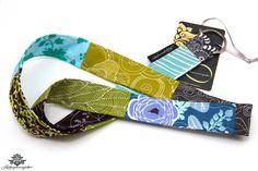 Schlüsselband lang aus der Lieblingsmanufaktur in grün, braun und blau - farbenfrohe Lieblingsstücke für deine Handtasche