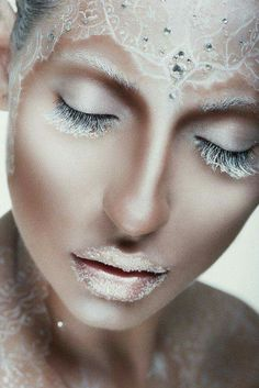Fantasy Makeup - I call this ice queen Make Up Looks, Makeup Fx, Lace Makeup, Fantasy Make Up, Fantasy Hair, Extreme Makeup, Beauty Make-up, Face Beauty, Theatrical Makeup