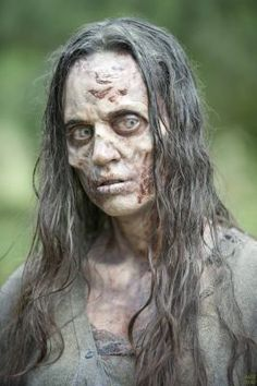 the walking dead zombies Walking Dead Zombies, Walker The Walking Dead, Walking Dead Season 4, Fear The Walking Dead, Zombie Face Makeup, Scary Makeup, Fx Makeup, Makeup Looks, Makeup 2018
