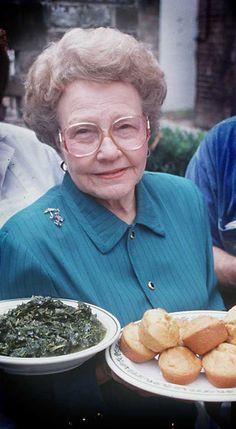 Mrs Wilkes Savannah Ga