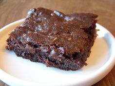 Low Carb Fudge Brownies - 2 carbs each