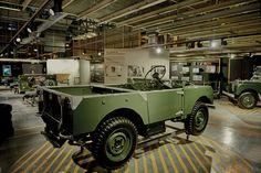 Land Rover continue de rendre hommage au DEFENDER et inaugure la « Celebration Line » - via Jaguar Land Rover Fréjus www.jaguarlandrover-cotedazur.com