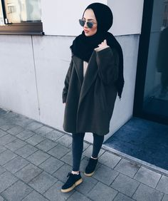 Trendy Ideas For Fashion Hijab Casual Posts Hijab Fashion Summer, Modern Hijab Fashion, Street Hijab Fashion, Hijab Fashion Inspiration, Islamic Fashion, Muslim Fashion, Modest Fashion, Trendy Fashion, Fashion Outfits